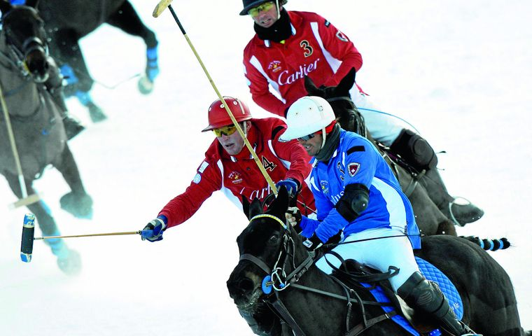 On the last weekend in January, high goal teams from the Australia, Italy, Ireland and Switzerland will be competing for the coveted Cartier Trophy on the frozen lake of St. Moritz.